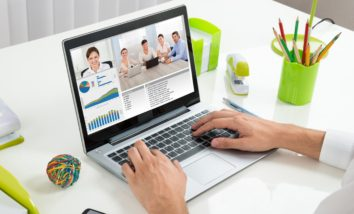 Which Live Stream Software for Video conferencing?